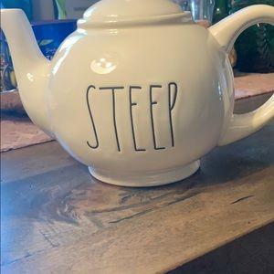 🌬Brand New Rae Dunn Tea Pot